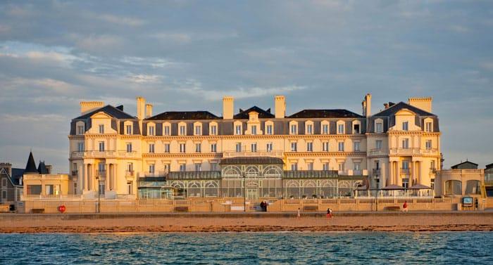 Hotel Saint-Malo : Le Grand Hôtel des Thermes